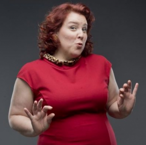 Marie-Nicole Lemieux tout en rouge